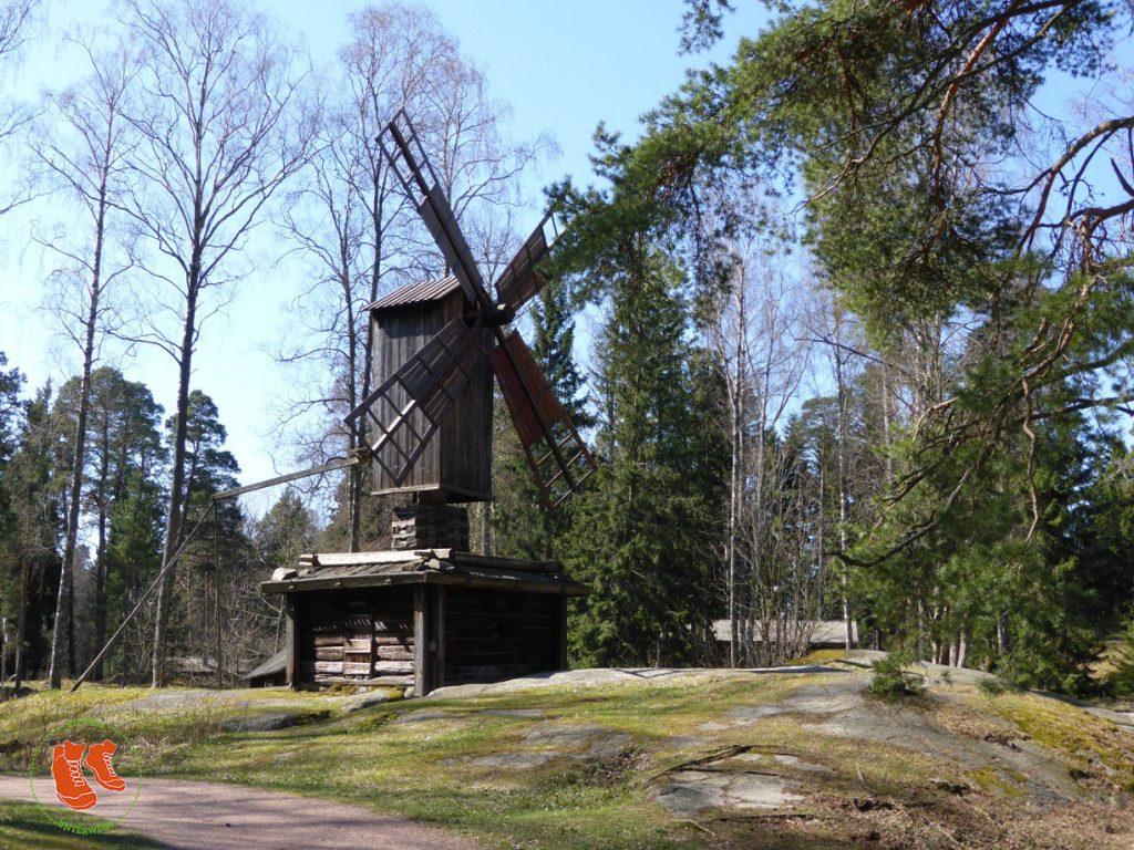 Stadtspaziergang Helsinki; Seurasaari; Museumsinsel; Holzhaus